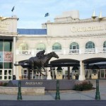 Front of Kentucky Derby Museum