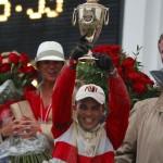 Joel Rosario in Winners circle