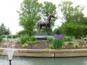 Man o' War statue at Kentucky Horse Park